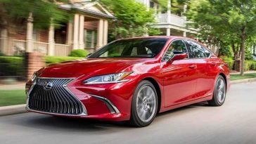 Lexus launches first 'Made in India' Lexus ES 300h car