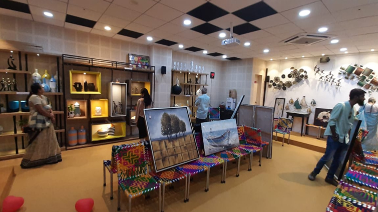 Home Decoration Items exhibition by Aartistik