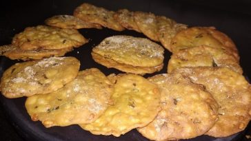 Moong Dal Crispies