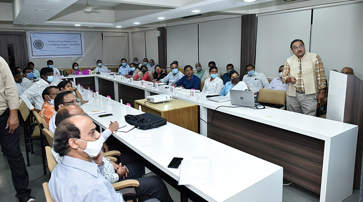 Mr. N. K. Patel, National President of ITPI at The Visit Delegation from Government of AP on study tour